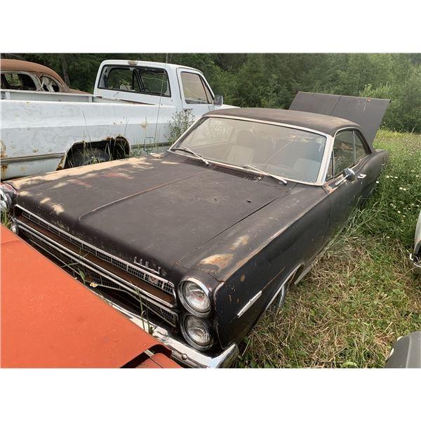 1966 Mercury Comet Capri - good parts, or restore, has clutch pedals