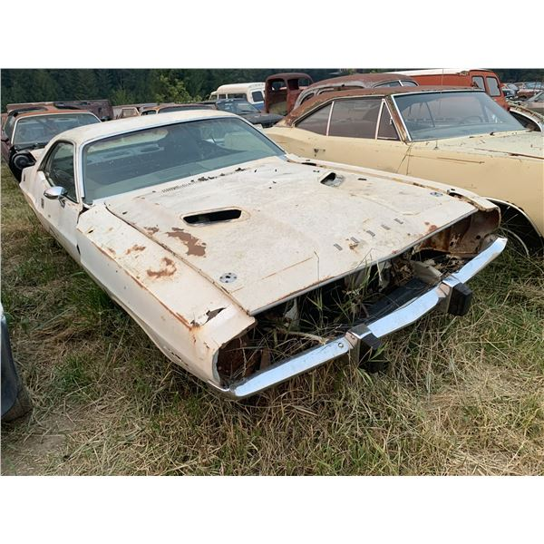 1973 Dodge Challenger - Ralley hood and gauges, rough but runs