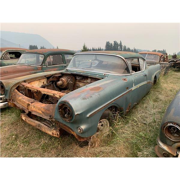 1957 Buick Riviera - shell