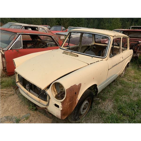 Toyota Publica (60s) - yard art or project