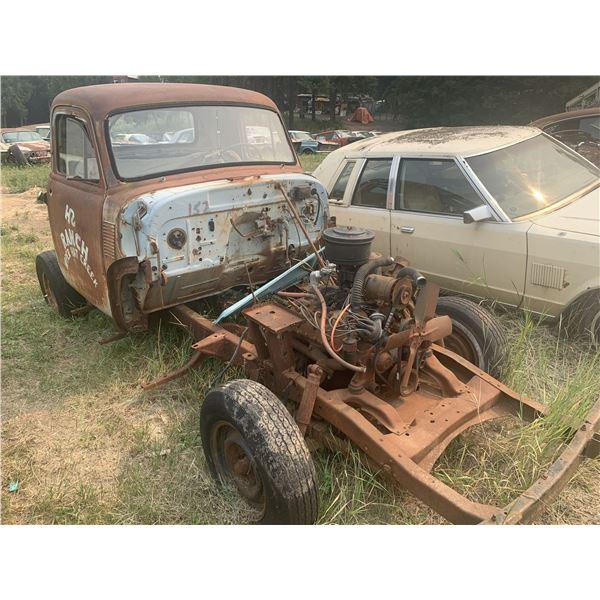 1954 Chevy cab - rare, 1 piece window, great shape