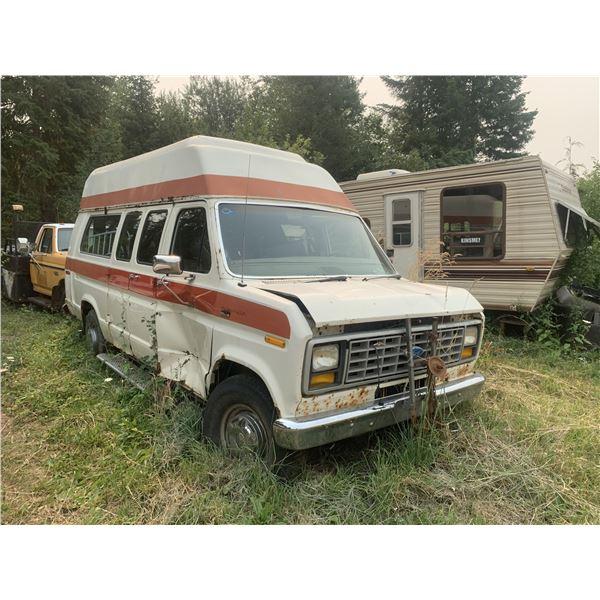 80s Ford Van - may run