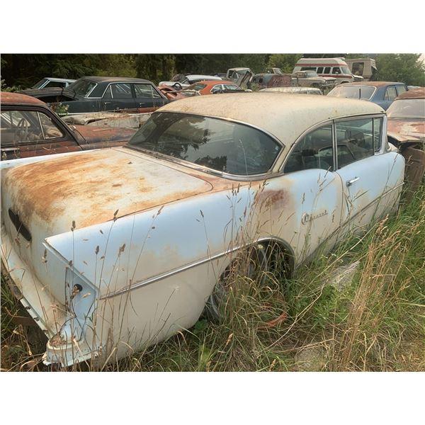 1955 Buick - 2dr hardtop, no front clip, good shape