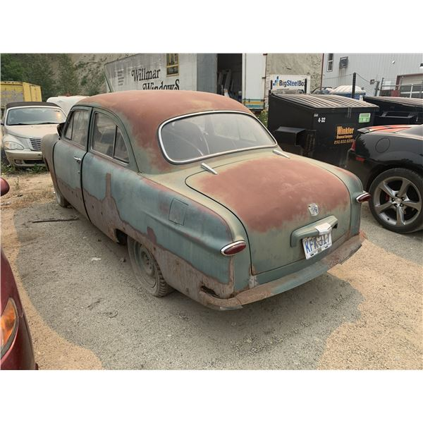 1949 Ford - 2dr, parts or restore