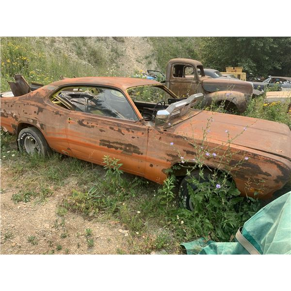 1971 Plymouth Duster - has tags/vin, 340 4spd car, 'curious yellow,