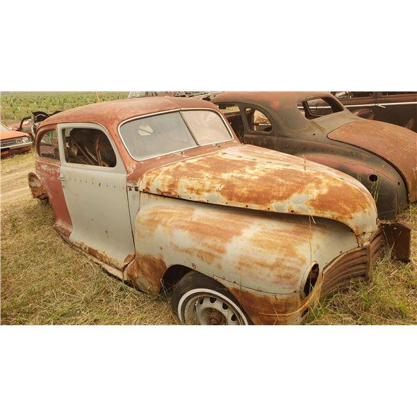 1947 Dodge 2dr Sedan - solid body, good project