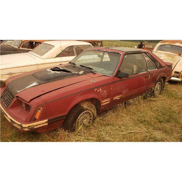 Foxbody Mustang GT - parts car, 5spd, T-Tops