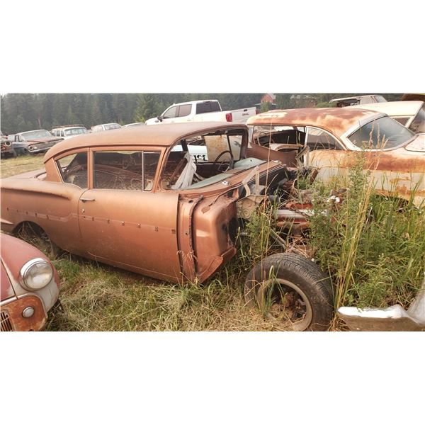 1958 Chevy Belair - 2dr post, excellent project