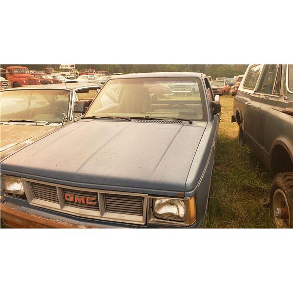 80s Chevy S10 - 4cyl, runs