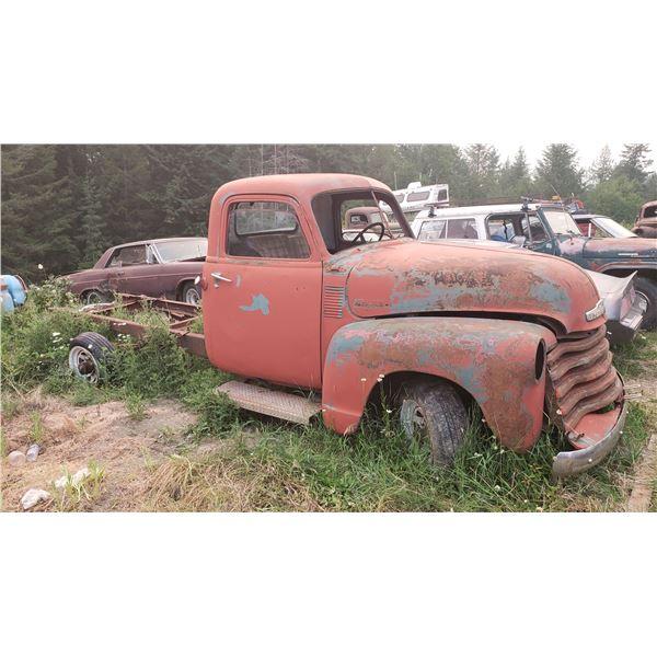 1949 Chevy cab - bad grille, good sheet metal, runs