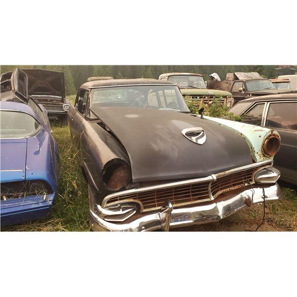 1956 Ford - 2dr sedan, parts car