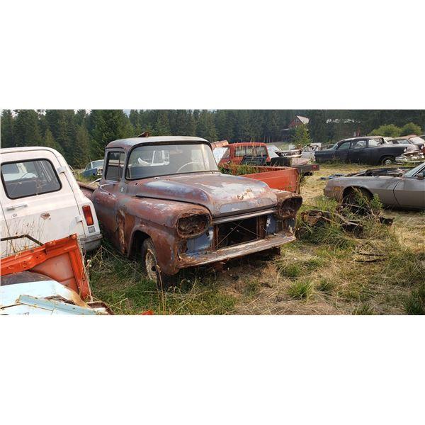 1959 Chevy pickup - stepside, rough body