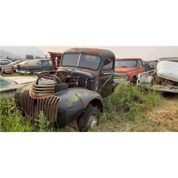 1946 Chevy 1 ton - cab and chassis, have hood