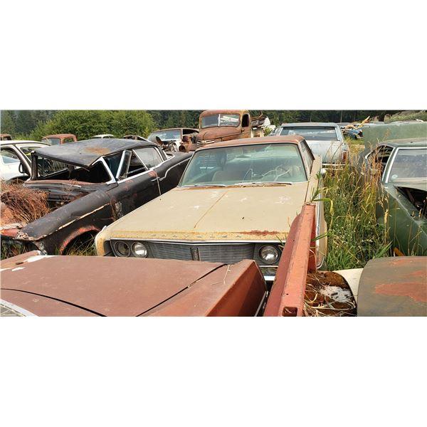 1965 Chrysler Windsor - 2dr hardtop, exellent body, 383 auto