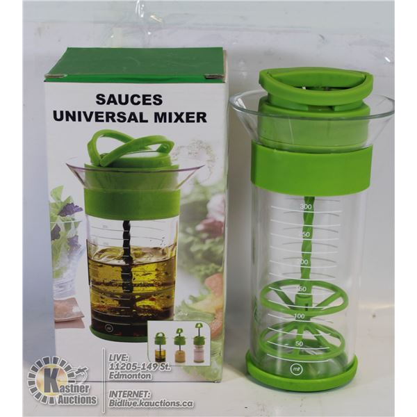 UNIVERSAL MIXER: MAKES DRESSINGS, WHIPPED CREAM &