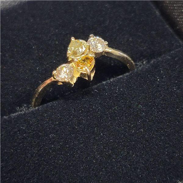 MZ7-16 10K  COLOR DIAMOND RING
