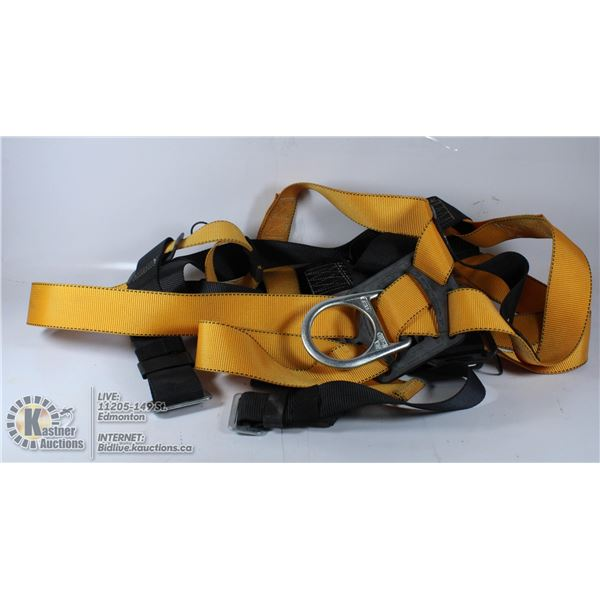 CONTRACTOR'S FALL ARREST HARNESS