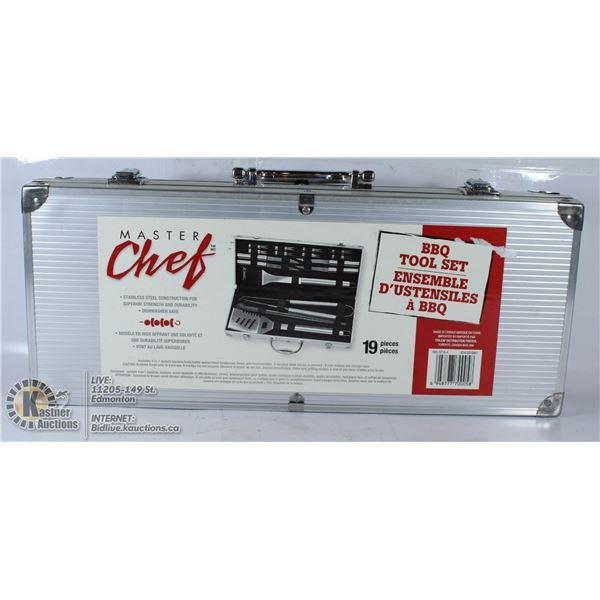 NEW MASTER CHEF 19-PC BBQ TOOL SET IN CASE