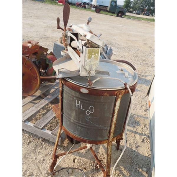Beuty Washing Machine w Wringer  & Copper Tub