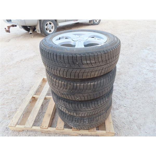 4 Michelin Tires & Rims 225/60R 17 - Good  TIres