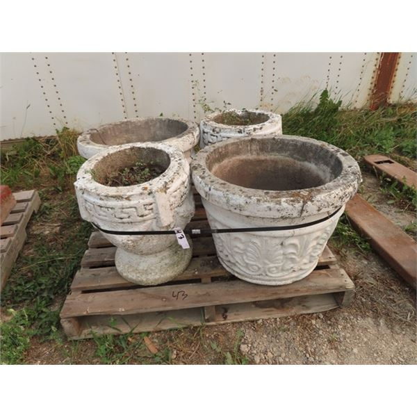 """4 Cement Planters 2 Are 18""""H 14"""" Rd & 1 Are 17""""H  22""""Rd- 1 is Cracked Pretty Bad!"""