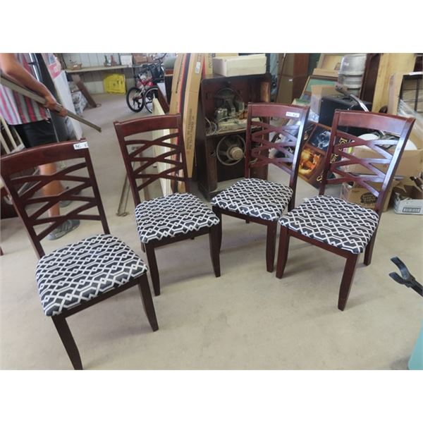 4 DR Chairs