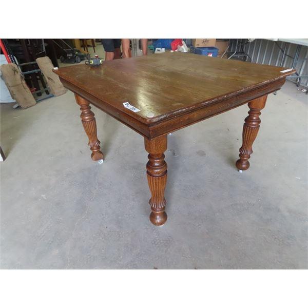 """Oak Table 30"""" x 42"""" x 42"""""""