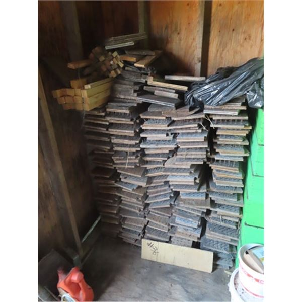 Approx 200 Predator Control Honey Box Protectors