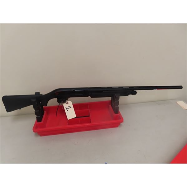 "New Winchester Mdl SXP Blk Shadow 12 GA 3 1/2"" 28"" P/A S#TRO33422YZST- New w Box & Trigger Locks-MUS"