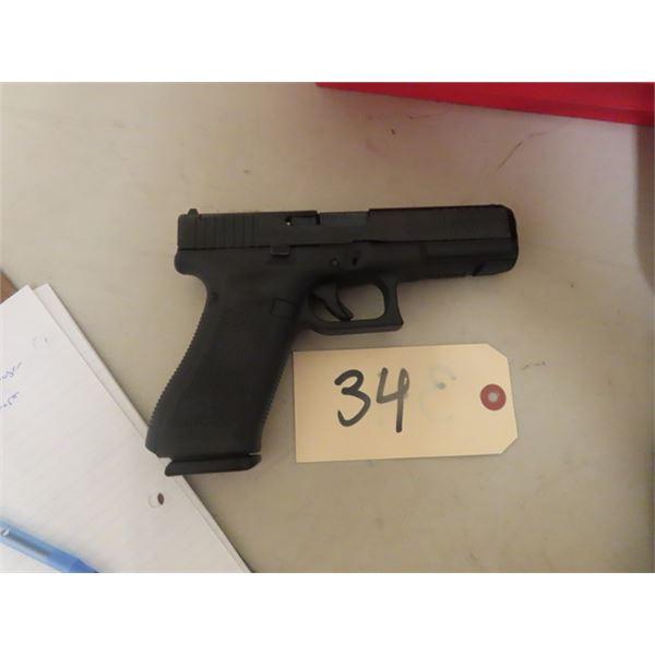 "New Glock 17 Gen 5 MOS 9 mm Luger, 4.25"" Barrel, w 3 Magazines, Hard Case & Back Straps, S#AEGN706 N"