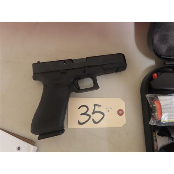 "New Glock 17 Gen S 9 mm Luger, 3 Magazines, 4.25"" Barrel, Hardcase & Back Straps S# AEKX596 - New w"