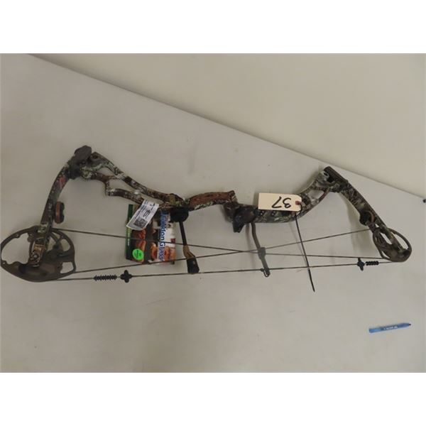 New Elite Mdl Energy 32 Compound Bow Right Handed, Draw weight 70 Draw Length 29, S# 32EN70MXMX29ORH