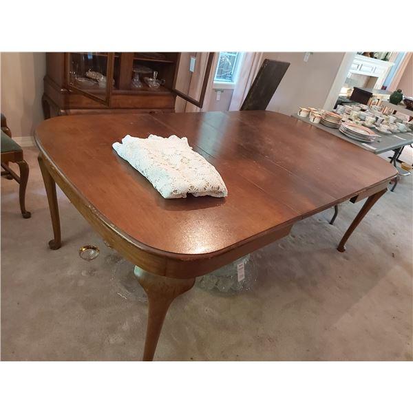Antique Dining table Cat C