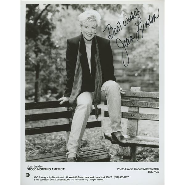 Joan Lunden signed Good Morning America photo