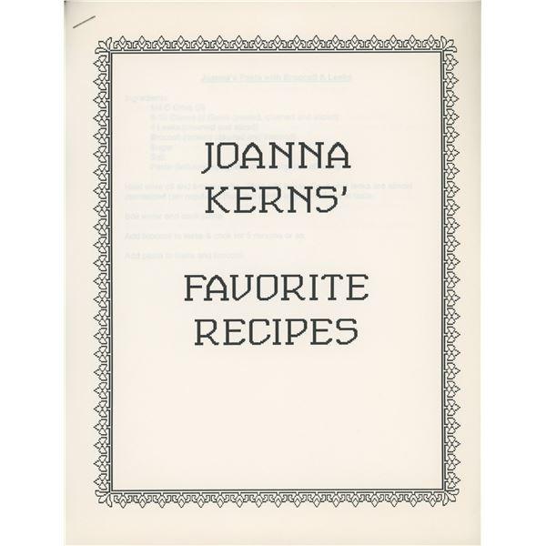Joanna Kerns signed photo and recipe book