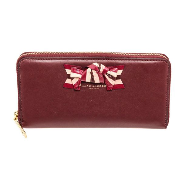 Marc Jacobs Burgundy Leather Bow Zippy Wallet