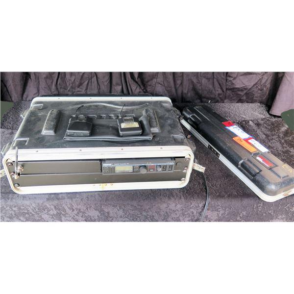 Shure PSM 900 IN EAR Rackmount w/ Belt Pack in Case