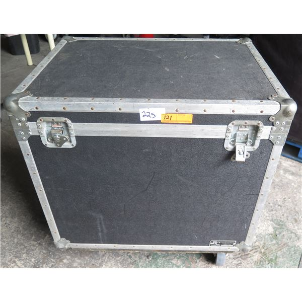 Babadilla Storage Trunk with Casters