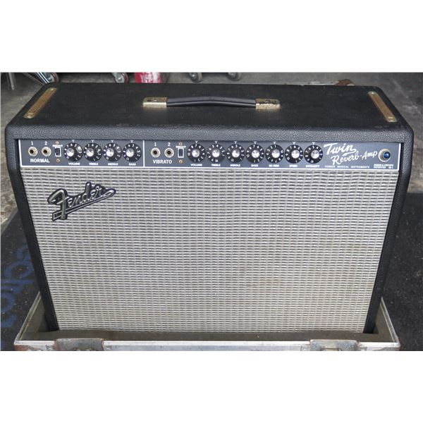 Fender 65 Reissue Twin Reverb w/ Reverb & Vibro Pedal Switch - In ATA Case