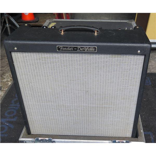 Fender DeVille 4x10  w/ Pedal Switch  In ATA Case