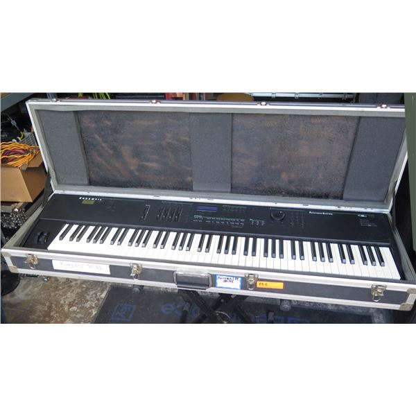 Kurzweil  PC88 M  Electric Piano 88 Keys, Weighted w/ Sustain Pedal