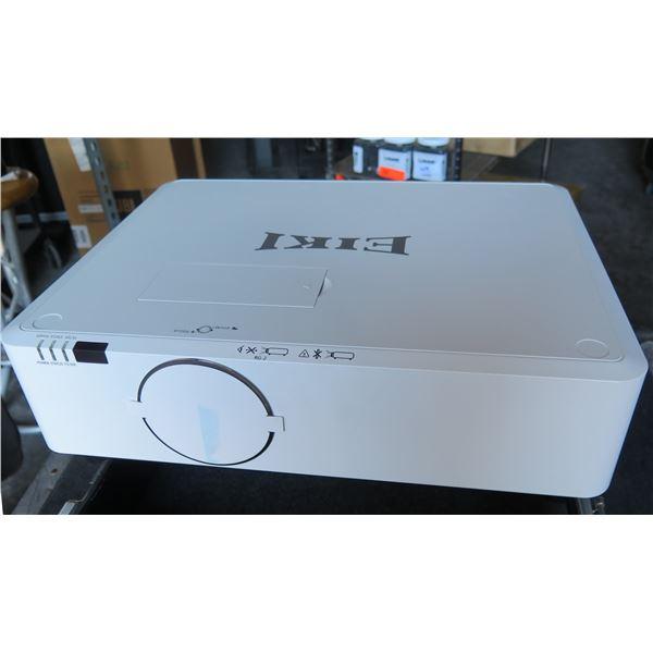 EIKI EK-350U LED 5000 lumen HD Projector in Case, 25,000 hours,