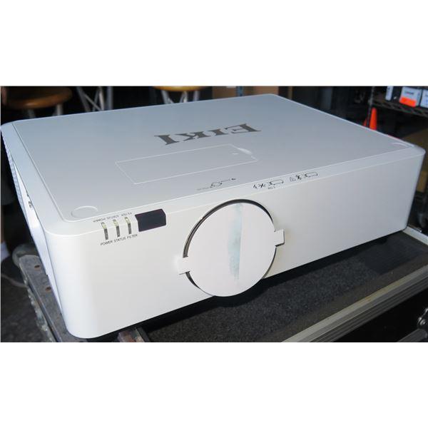 EIKI EK-350U LED 5000 lumen HD Projector in Case, 25,000 hours