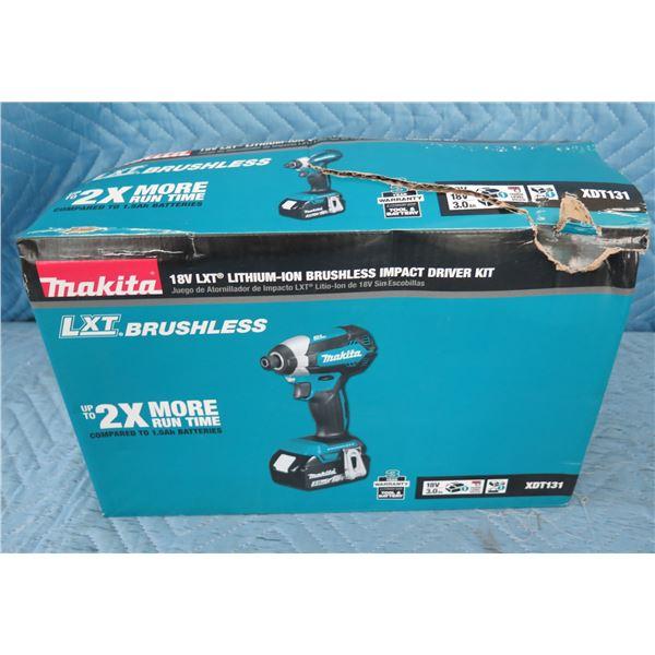 Makita XDT131 Brushless LXT Impact Driver Kit 18V New in Box