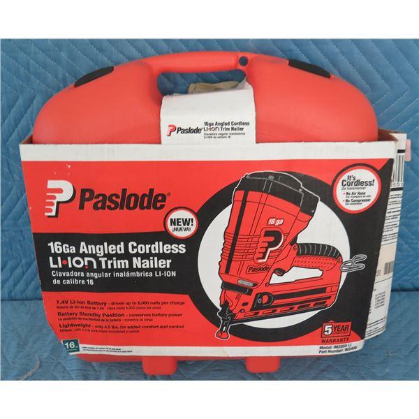 Paslode IM250A Angled Cordless Trim Nailer 16Ga New in Box