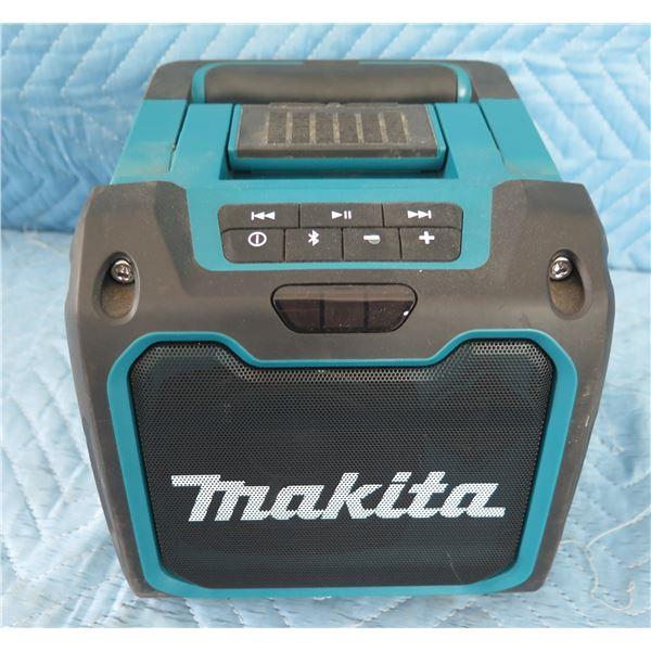 Makita XRM07 Bluetooth Jobsite Speaker