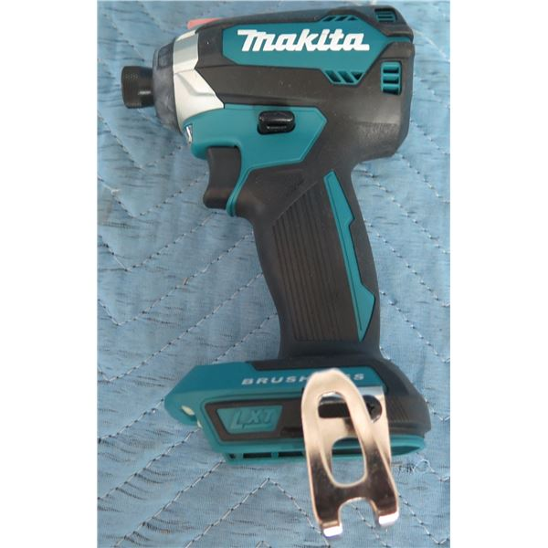 Makita XDT13 Brushless Impact Driver 18V
