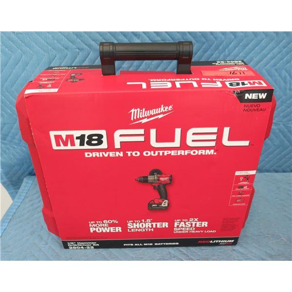 "Milwaukee 2804-22 Hammer Drill/Driver Kit 1/2"" New in Box"