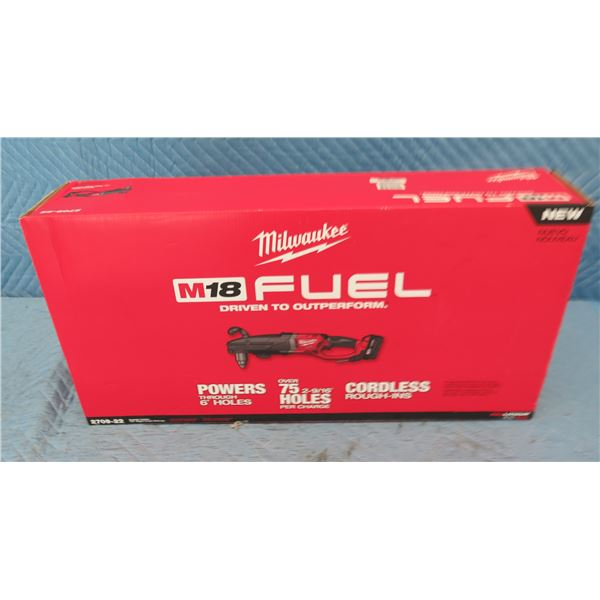 """Milwaukee 2709-22 M18 Fuel Super Hawg 1/2"""" Right Angle Drill Kit New in Box"""