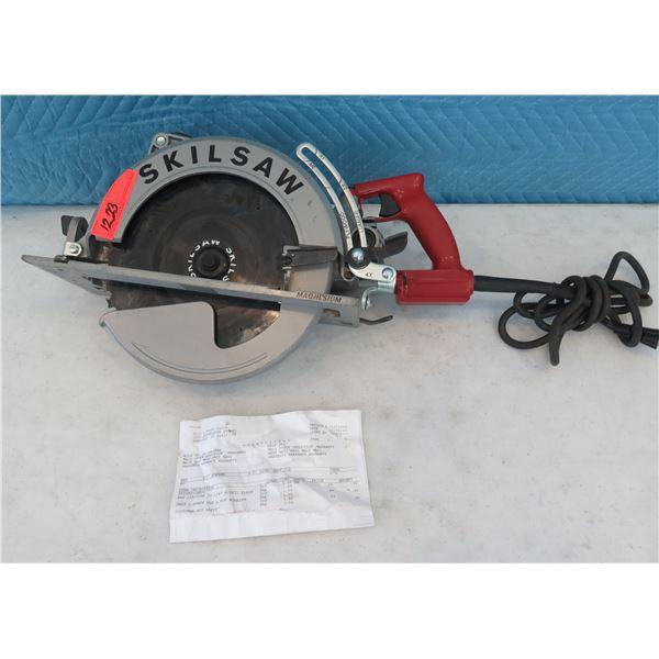 "Skilsaw SPT70WM01 Circular Saw 10-1/4""  (Returned Item)"